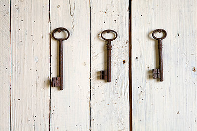 Keys - p873m2005030 by Philip Provily