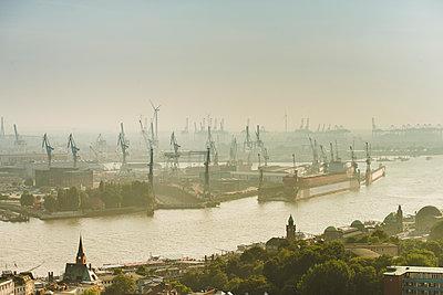 Containerhafen Hamburg I - p1493m1584673 von Alexander Mertsch