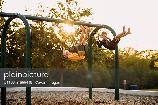 p1166m1555418 von Cavan Images