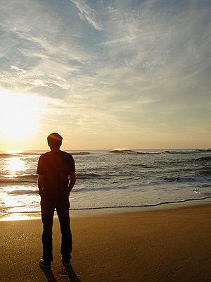 Sunset - p982m952731 von Thomas Herrmann