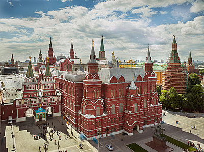 Blick auf Roten Platz in Moskau - p390m1067846 von Frank Herfort