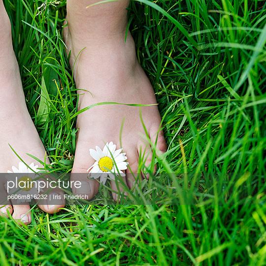 Hippie - p606m816232 by Iris Friedrich