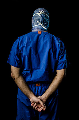 Surgeon - p999m791580 by Monika Kluza