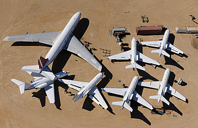 Jet family scrap - p1048m1058608 by Mark Wagner