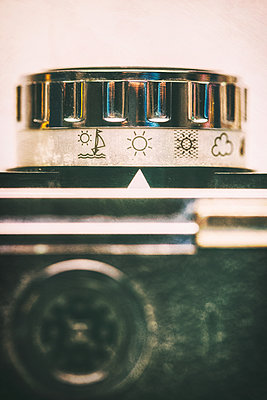 Vintage film camera showing sunny - p1280m2089687 by Dave Wall