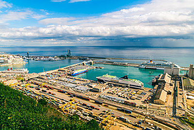 Harbor of Barcelona - p1332m1488225 by Tamboly