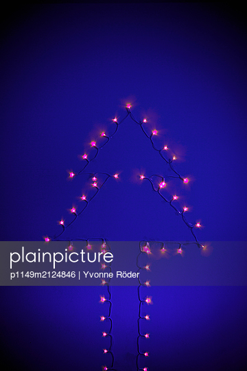 Chain of lights - p1149m2124846 by Yvonne Röder