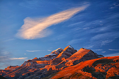 Spain, Ordesa National Park, Monte Perdido massif - p300m999030f by David Santiago Garcia