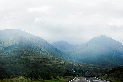 Die Cuillin Hills - p445m931970 von Marie Docher