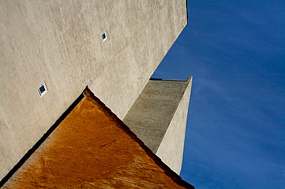 Architecture and blue sky - p6650020 by Roman Thomas