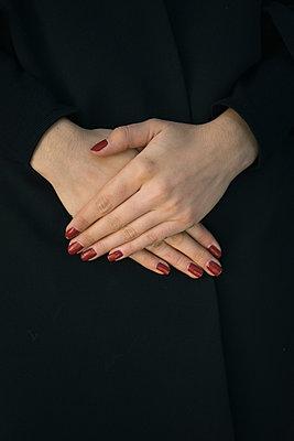Manicure - p586m957826 by Kniel Synnatzschke
