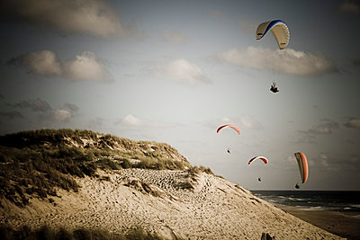 Paragliding - p9070001 by Anna Fritsch