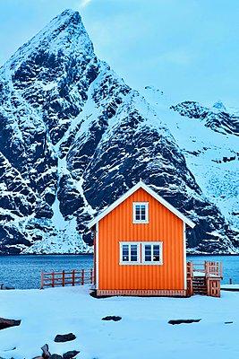 Orange coloured house - p1399m1559215 by Daniel Hischer