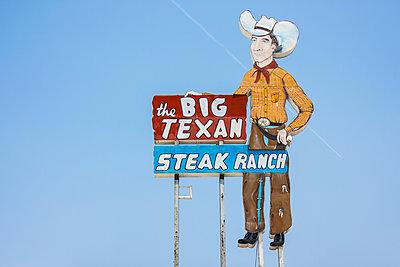 The big texan sign - p1691m2288572 by Roberto Berdini Bokeh