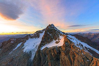 Aerial view of Monte Disgrazia at sunset, Valmalenco, Val Masino, Valtellina, Lombardy, province of Sondrio, Italy - p871m2018964 by Roberto Moiola