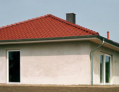 Neubau - p1043m779472 von Ralf Grossek