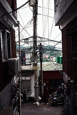Korea, Street in Seoul - p1492m2178683 by Leopold Fiala