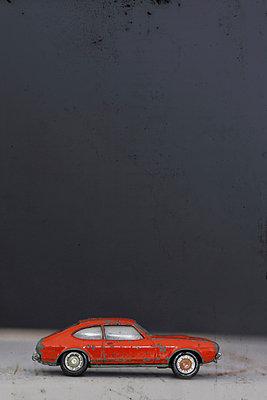 Spielzeugauto - p450m966229 von Hanka Steidle