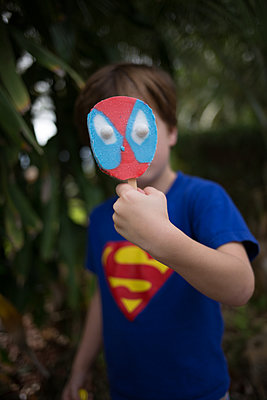 Boy with icecream - p1308m2065304 by felice douglas