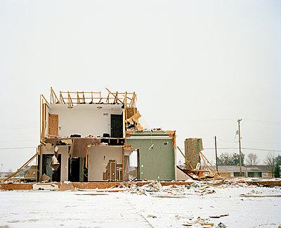 Tornado House - p1415m2076767 by Sophie Barbasch