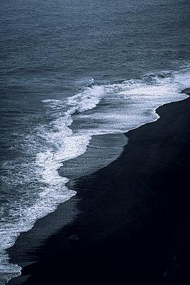 Fauskasandur coast - p1585m2285262 by Jan Erik Waider