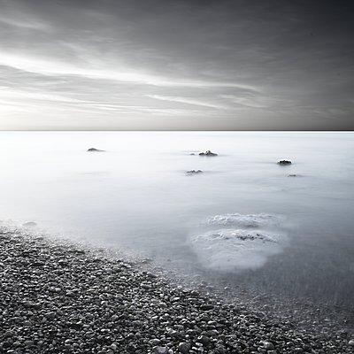 On the beach - p1137m1497588 by Yann Grancher