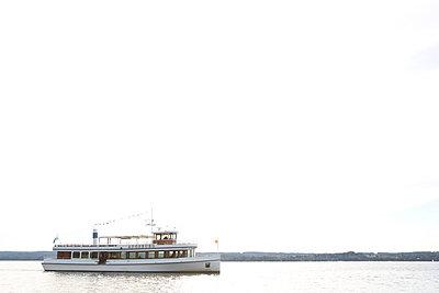 Es kommt ein Schiff - p454m764338 von Lubitz + Dorner