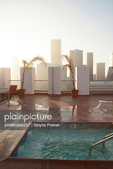 Roof-deck - p948m940257 by Sibylle Pietrek