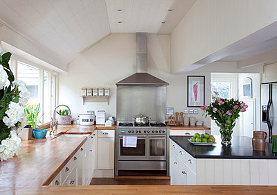 Stainless steel oven in contemporary Sussex kitchen  UK - p3493571 by Robert Sanderson