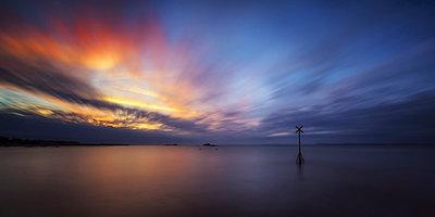 Great Britain, Scotland, East Lothian, North Berwick, sunset - p300m911424f by Scott Masterton
