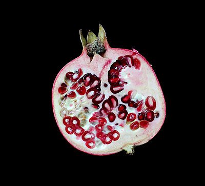 Pomegranate in studio - p4500510 by Hanka Steidle
