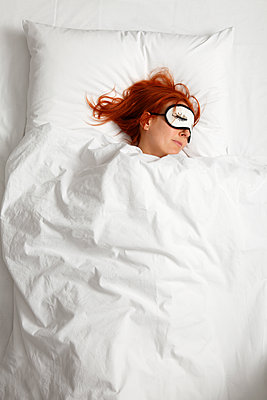 Eingeschlafen - p249m1092802 von Ute Mans