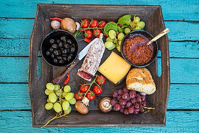 Variety of Italian antipasti - p300m1023208f by Sandra Roesch