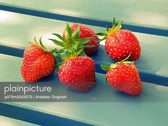 Erdbeeren - p979m2043075 von Andreas Grigoleit