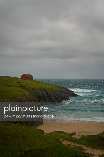 Old cabin on the Isle of Lewis  - p470m2270108 by Ingrid Michel