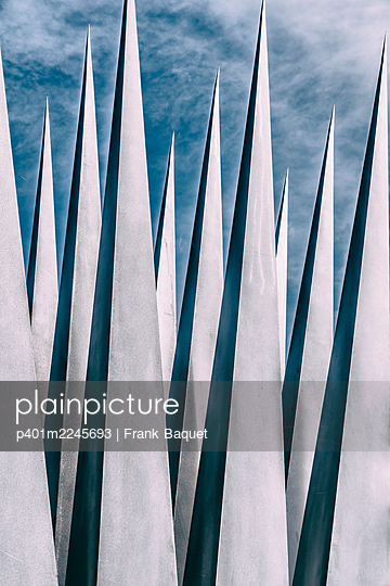 Pointed pyramids - p401m2245693 by Frank Baquet
