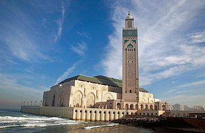 Moschee in Casablanca - p382m1171591 von Anna Matzen