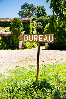 An office sign in a vineyard (In french) - p1619m2199938 by Laurent MOULAGER