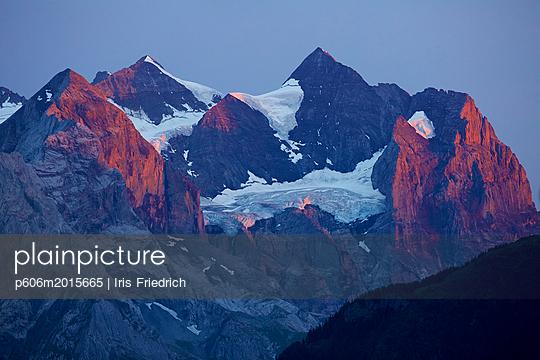 Alpenglühen - p606m2015665 von Iris Friedrich