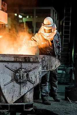 Steel worker - p1046m1138222 by Moritz Küstner