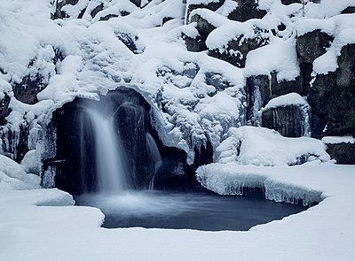 Wasserfall - p992m1214192 von Carmen Spitznagel