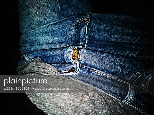 Jeans - p551m1585101 von Kai Peters