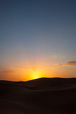 Sunset in Sahara II - p941m907829 by lina gruen