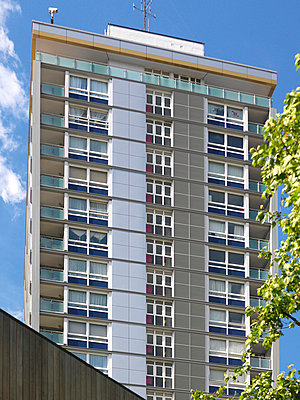 Westminster CC Citywest Homes Warwick High Rise, Westminster, London - p8551255 by Diane Auckland