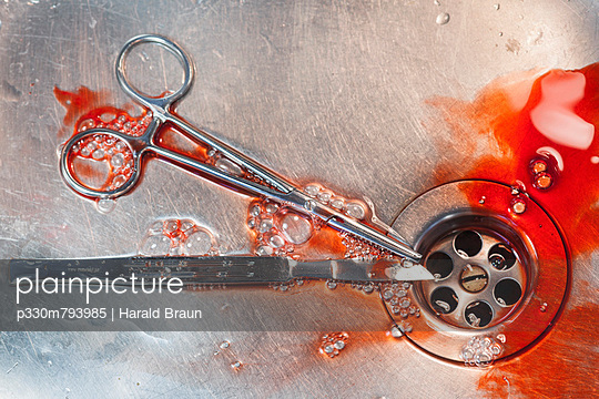 Surgery - p330m793985 by Harald Braun