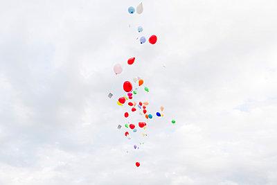 Luftballons - p435m889650 von Stefanie Grewel