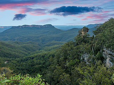 Rock in Blue Mountains National Park - p1427m2000048 by WalkerPod Images