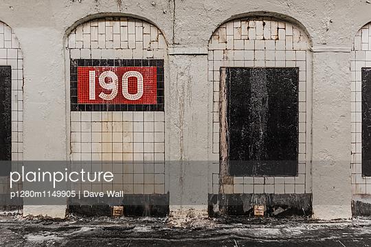 Alte Bahnstation NYC - p1280m1149905 von Dave Wall