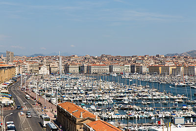 View of Marseille - p756m1464796 by Bénédicte Lassalle