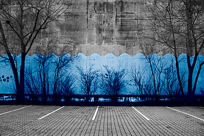 Blue wall - p415m808539 by Tanja Luther